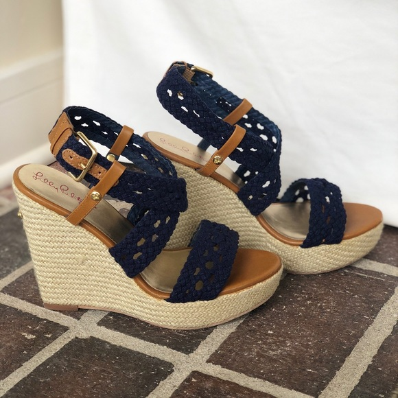 908965fb92 Lilly Pulitzer Shoes | Navy Wedge Size 75 | Poshmark